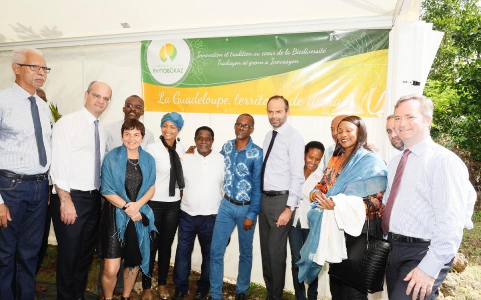 Le Premier ministre a pu échanger avec les membres de l'exploitation Diomar