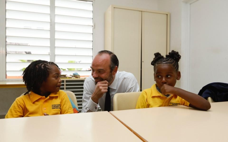 06/11 - Le Premier ministre et les élèves de CP