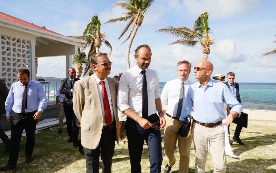 06/11 - Le Premier ministre et le préfet délégué à la reconstruction des îles Saint-Martin et Saint Barthélémy, Philippe Gustin à l'Hôtel de la Collectivité