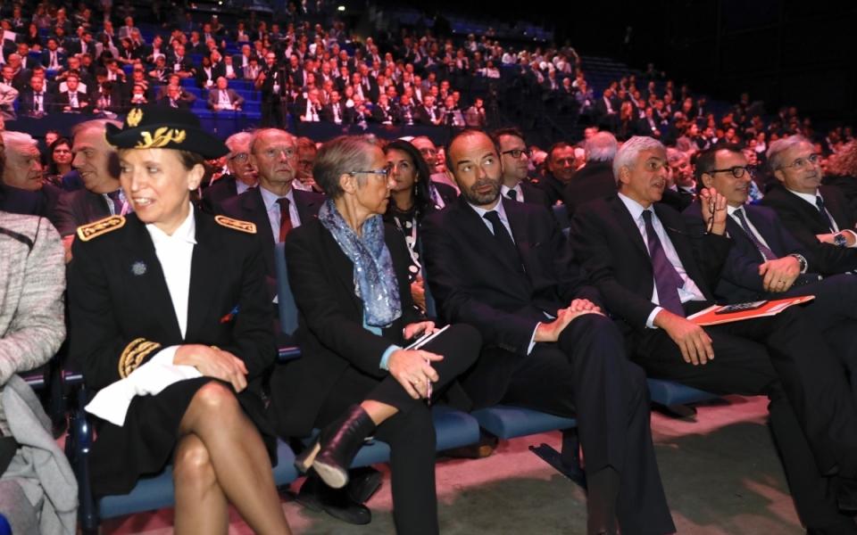 L'objectif d'Édouard Philippe et Elisabeth Borne est de changer le regard porté sur les ports maritimes