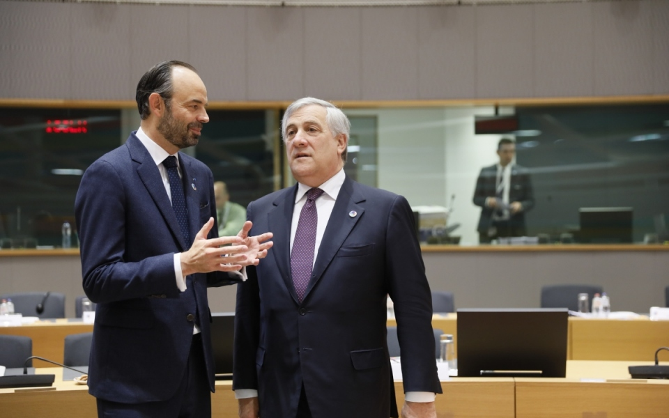 Talks between Édouard Philippe and the President of the European Parliament, Antonio Tajani, before the plenary session