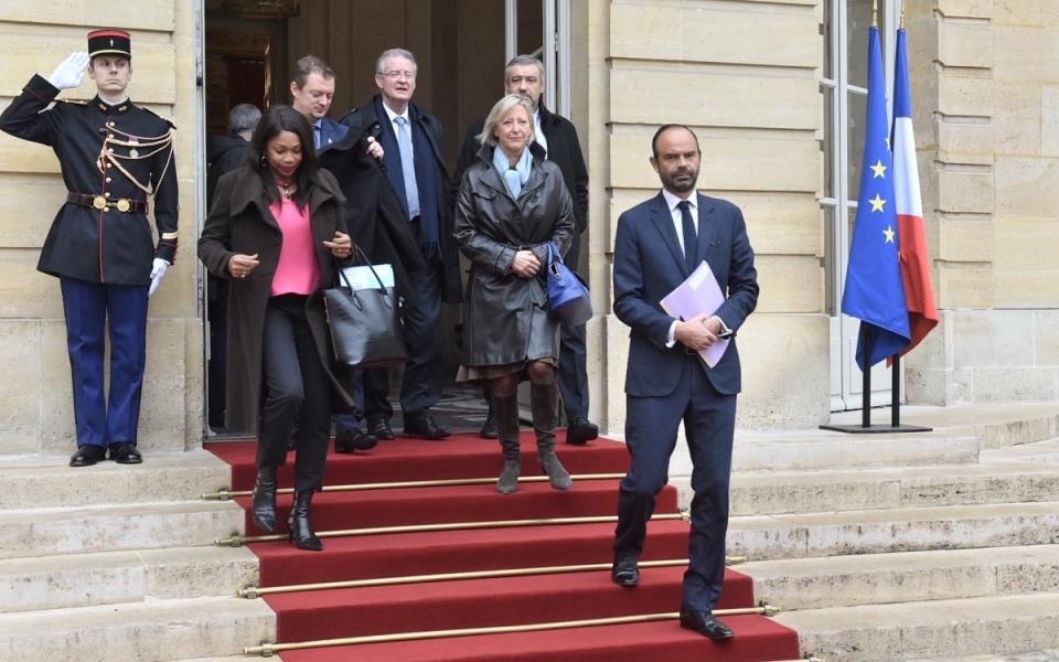 Departure for the Aimée Lallemant gymnasium