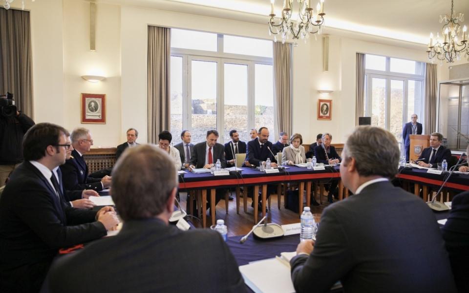 Le Premier ministre et les membres du Gouvernement au Comité interministériel de la mer