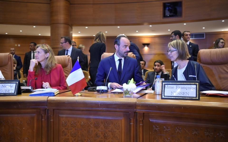 Le Premier ministre et les ministres Françoise Nyssen et Nicole Belloubet lors de la réunion de haut niveau France-Maroc