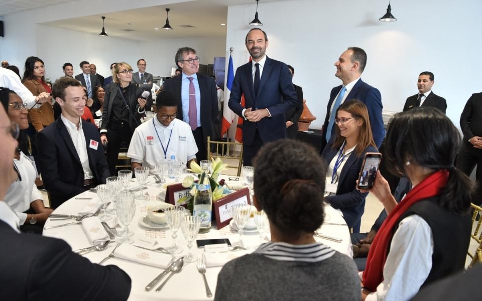 Le Premier ministre, Édouard Philippe, au campus Afrique-Atlantique de l'ESSEC. Le Premier ministre a déjeuné avec les étudiants.