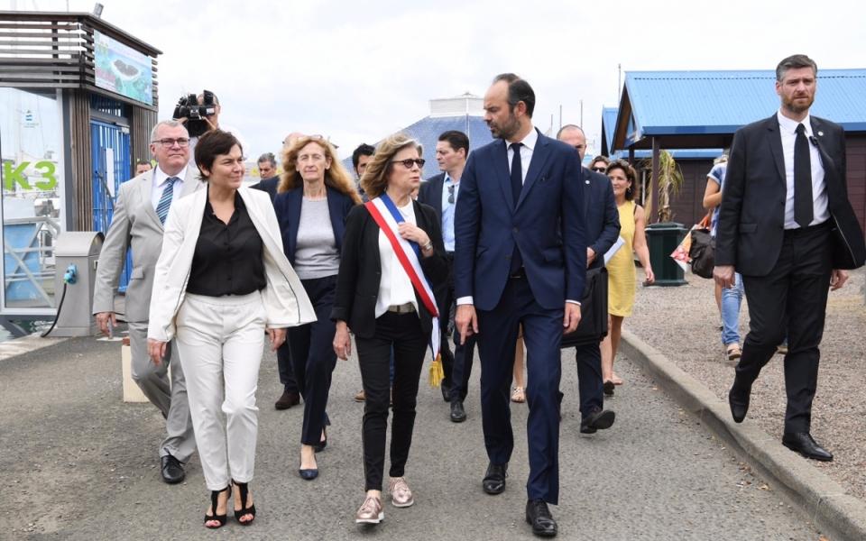 02/12/17 - Edouard Philippe aux côtés de la maire de Nouméa, Sonia Lagarde.