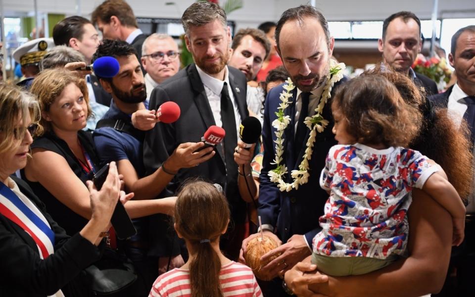 02/12/17 - Rencontre avec la population de Nouméa.