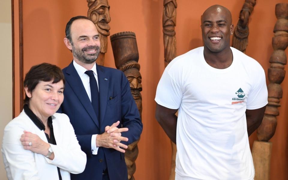 02/12/17 - Edouard Philippe entouré d'Annick Girardin et de Teddy Riner.