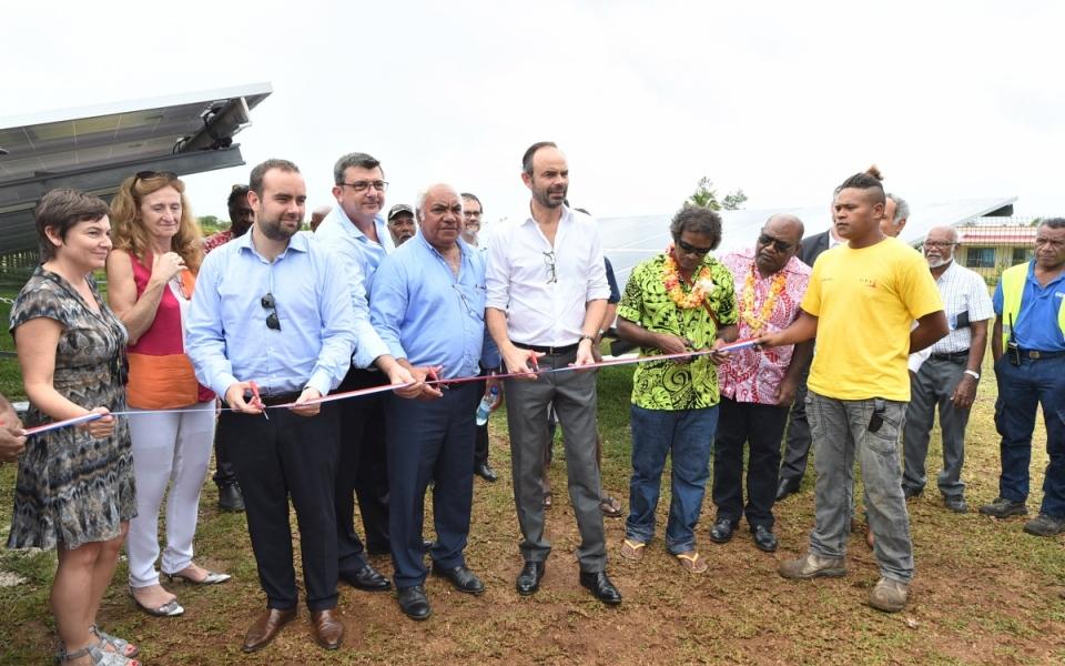 03/12/17 -Inauguration de la station photovoltaïque de Hapetra construite sur les terres coutumières
