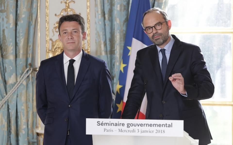 Discours du Premier ministre au séminaire gouvernemental. Benjamin Grivaux, Porte-parole du Gouvernement, est à ses côtés.