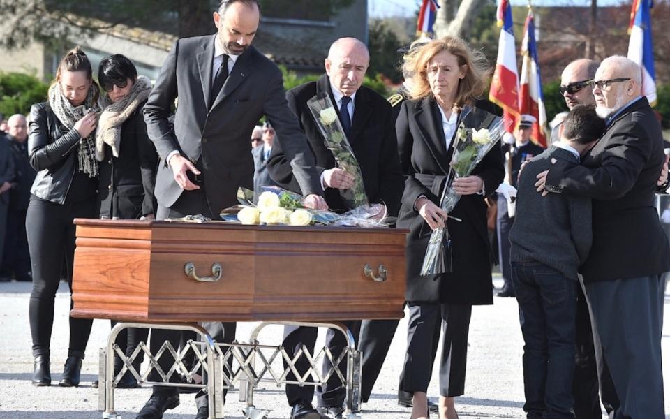 Dernier hommage aux victimes civiles