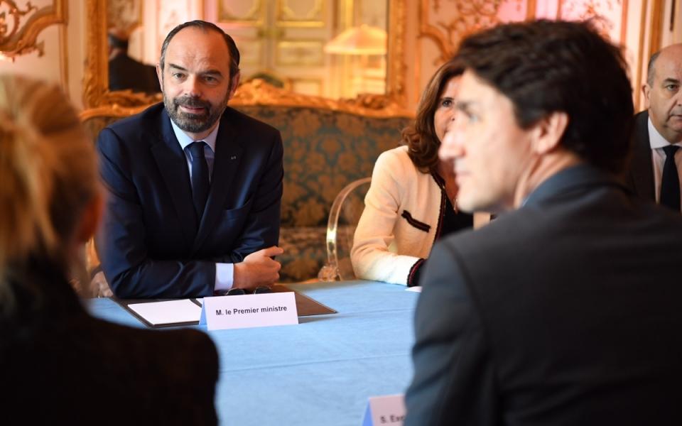 Edouard Philippe et Justin Trudeau en réunion à Matignon