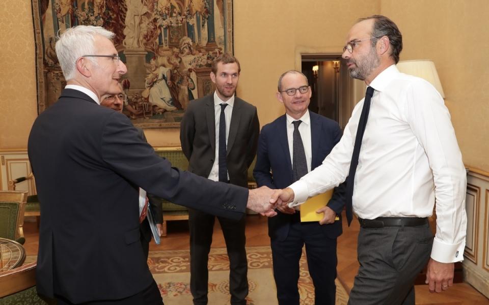 Le Premier ministre, Édouard Philippe, accueille Guillaume Pepy, président du directoire de la SNCF.
