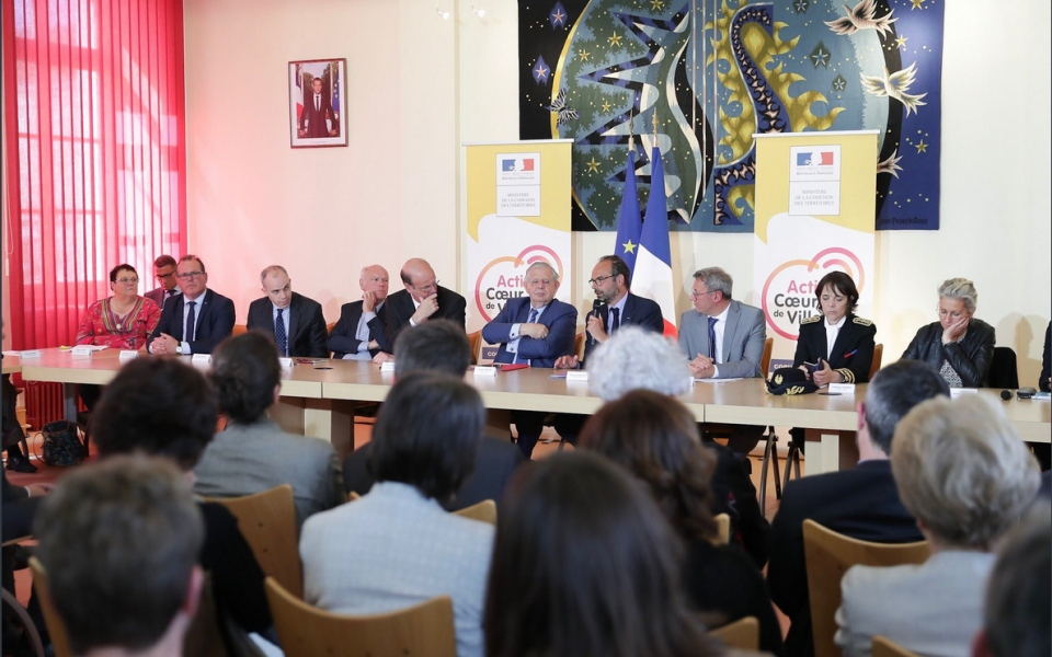 À Vierzon pour signer le projet de partenariat entre l'Etat et la collectlivité. 3 mai 2018
