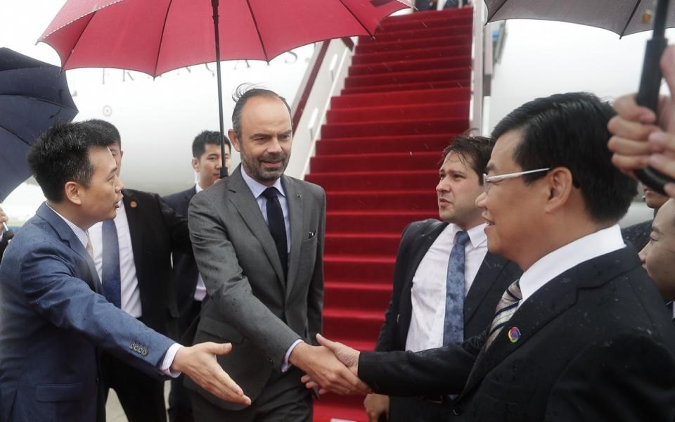 Le 22 juin 2018 : arrivée du Premier ministre et sa délégation à l'aéroport international de Shenzhen Bao'an.
