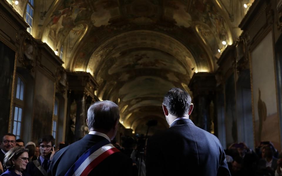 06/06 - Le Premier ministre et le maire de Toulouse dans la salle des Illustres de la mairie de Toulouse