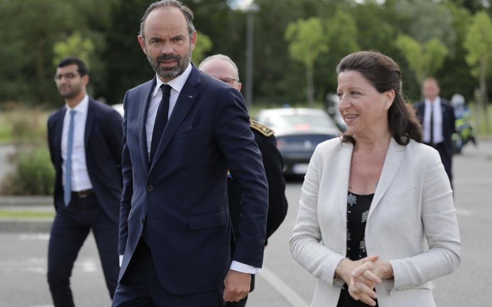 07/06 - ... où il a été accueilli par la ministre des Solidarités et de la Santé, Agnès Buzyn