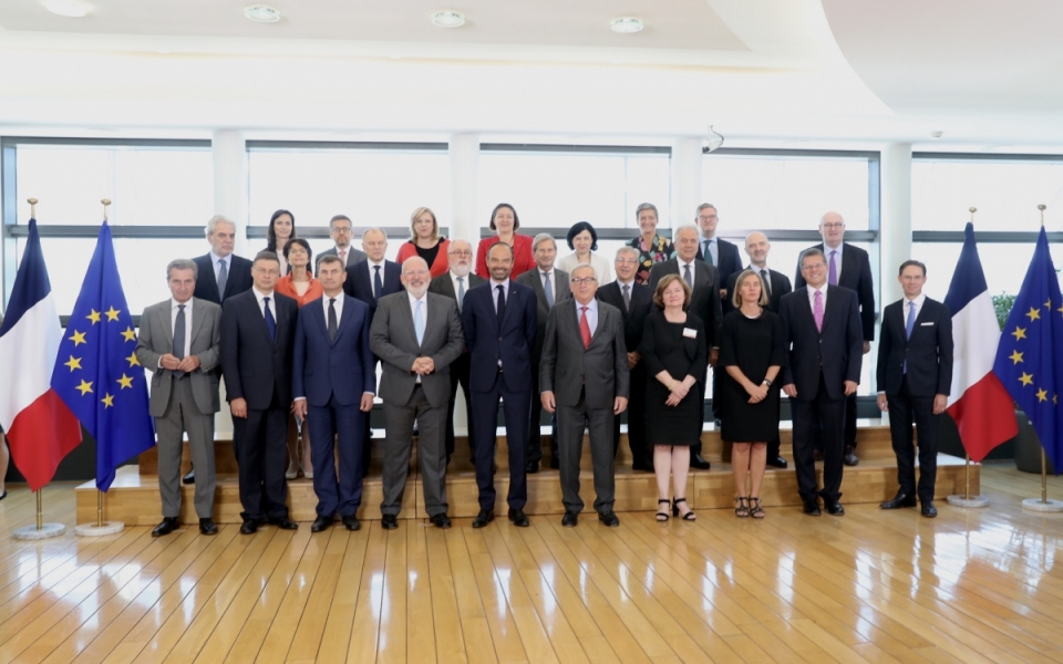 Photo de groupe avec les Commissaires européens