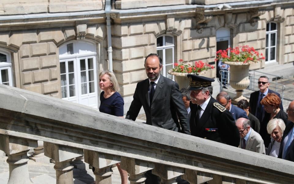 Arrivée d'Edouard Philippe à la préfecture de Lille