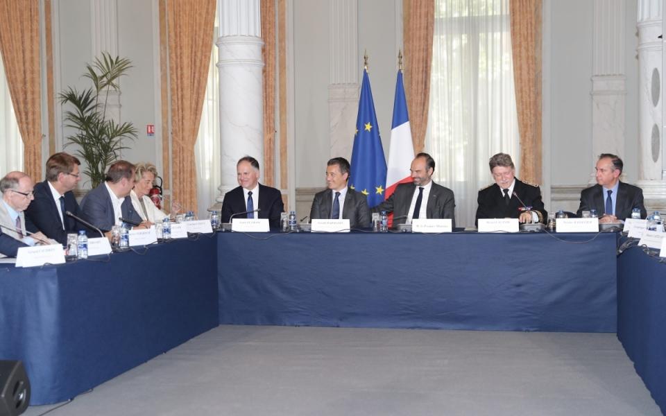 Edouard Philippe et Gérald Darmanin à la préfecture de Lille