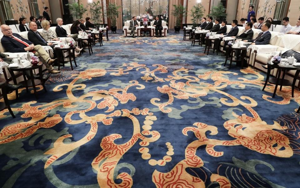 Le 22 juin 2018 : Entretien avec M. Ma Xingrui, gouverneur de la province du Guangdong et présence de la délagation française avec notamment les ministres Nicole Belloubet, Frédérique Vidal et Élisabeth Borne