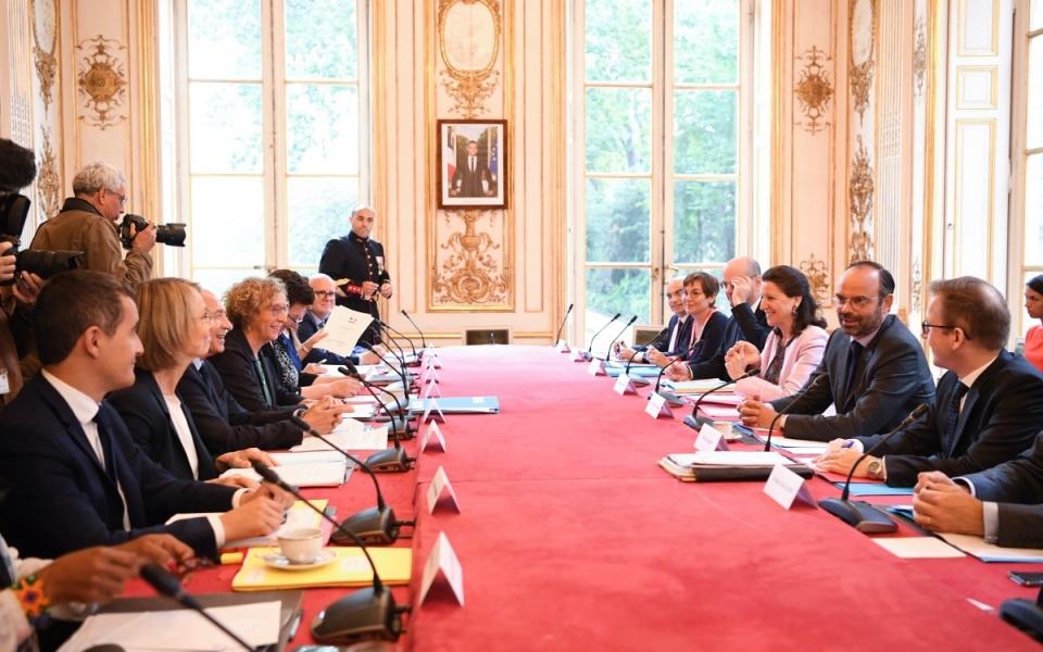 Le Premier ministre, Édouard Philippe, et les membres du Gouvernement.