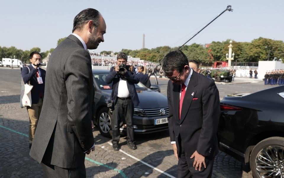 Le Premier ministre, Edouard Philippe, accueille Tarō Kōno, ministre des Affaires étrangères du Japon