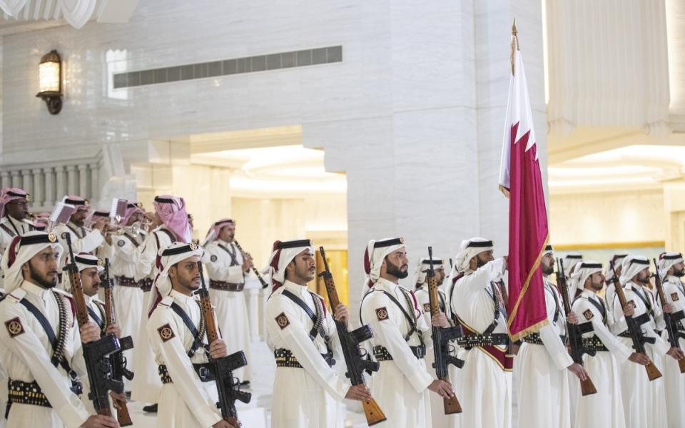 Cérémonie d'accueil au palais princier (Diwan)