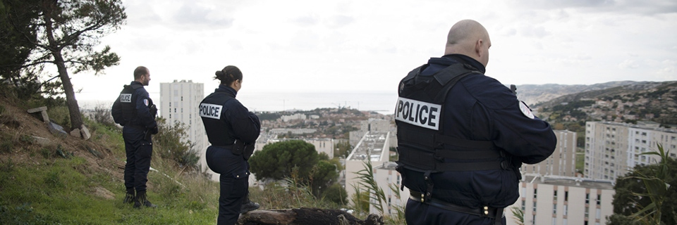 Photo de policiers dans le quartier de la Viste38 à Marseille