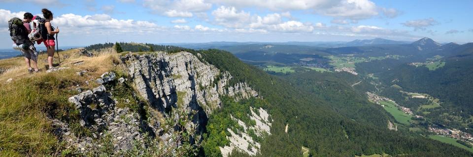 Au sommet du Mont d'or, dans le Doubt (Bourgogne-Franche-Comté ) qui culmine à 1461 mètres