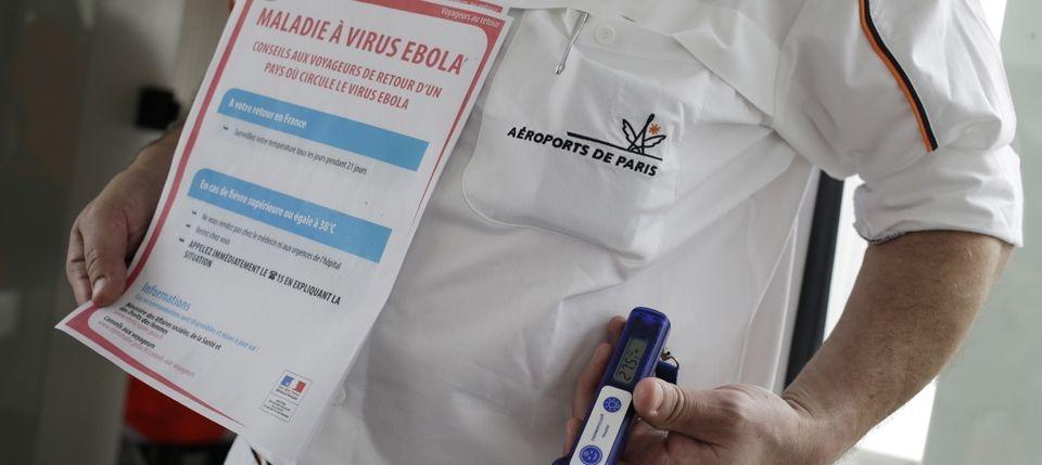 Dispositif de contrôle Ebola à l'aéroport de Roissy Charles de Gaulle