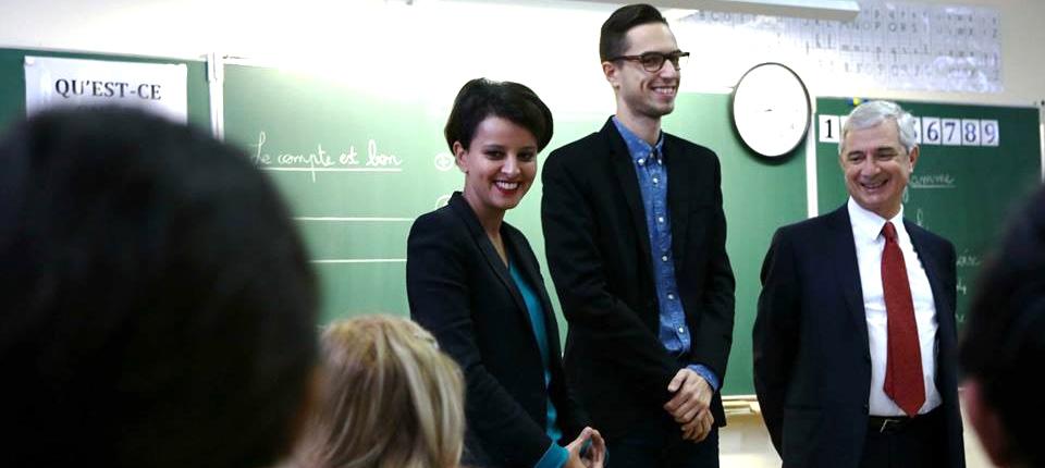 Photo de Najat Vallaud-Belkacem, accompagnée de Claude Bartolone, dans une école de Seine-Saint-Denis le 19 novembre 2014
