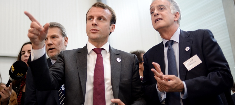 Photo d'Emmanuel Macron à Saint-Aignan