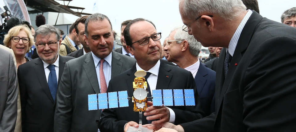 Photo du président de la République, François Hollande, au salon du Bourget