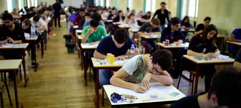 Photo d'une salle de classe