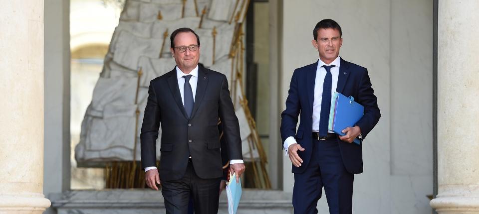 Photo de François Hollande et Manuel Valls sur le perron de l'Élysée
