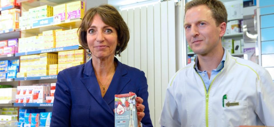 Marisol Touraine présente l'autotest de dépistage du VIH