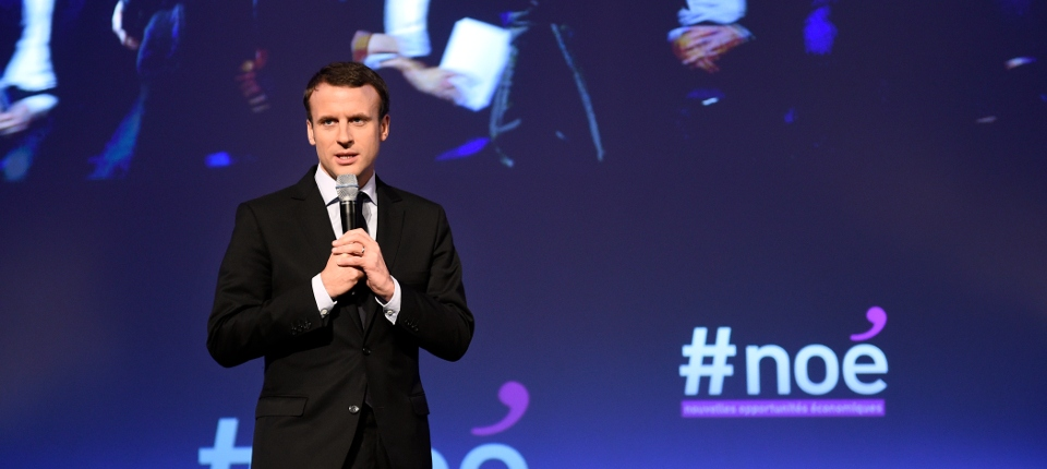 Photo du ministre Emmanuel Macron présentant lundi 9 novembre les enjeux de son futur projet de loi sur les nouvelles opportunités économioques