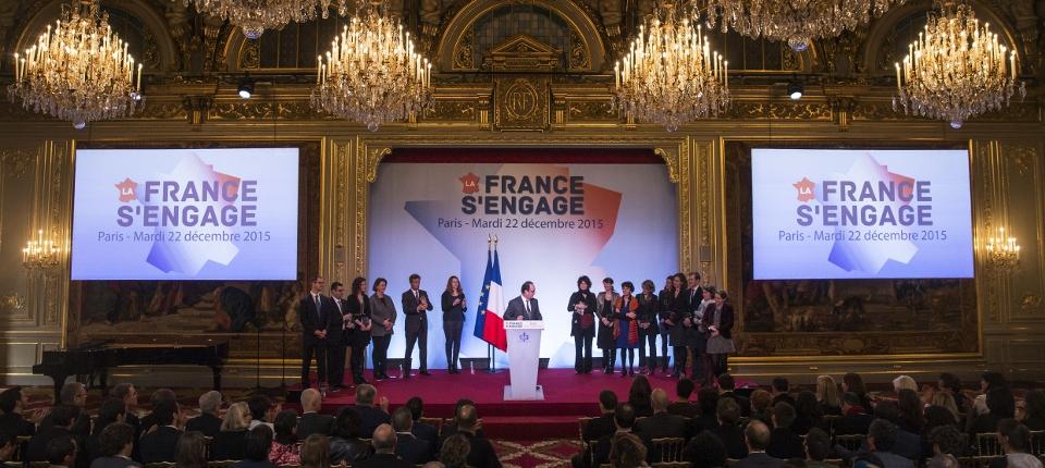 """Photo de la 4ème cérémonie de remise des prix aux lauréats de """"La France s'engage"""" le 22 décembre 2015 à l'Elysée"""
