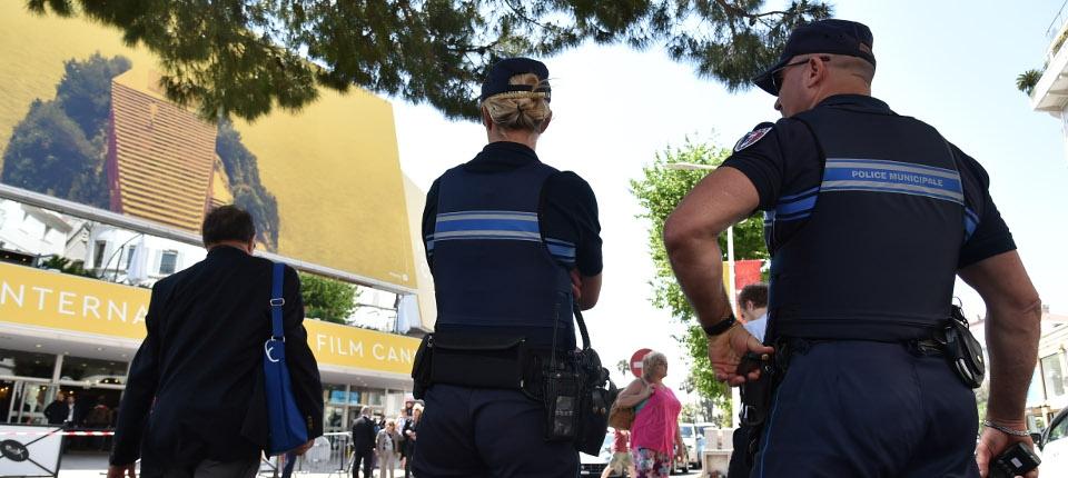 Les forces de l'ordre déployées dans la ville de Cannes à l'occasion du 69e Festival