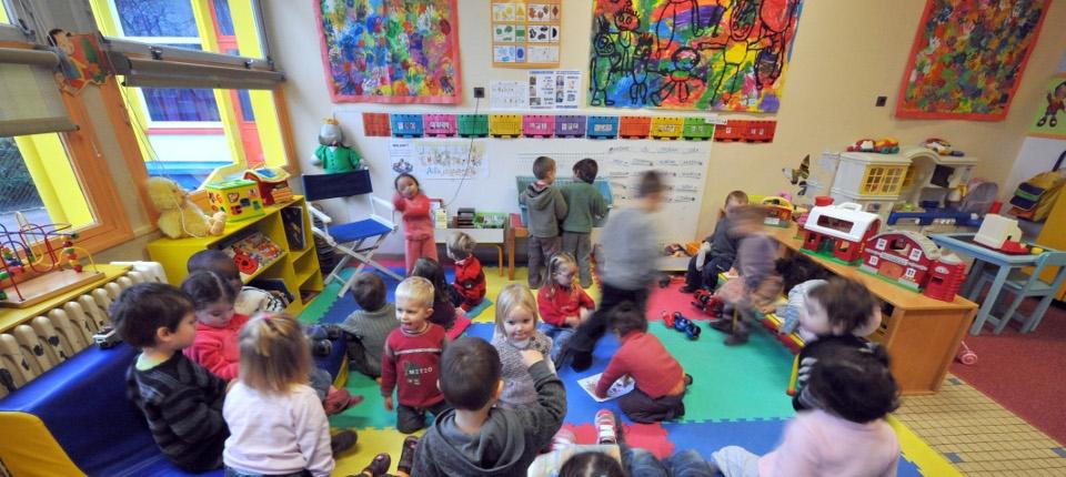 Une classe d'école maternelle