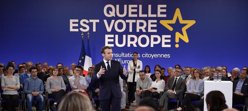 Le président Emmanuel Macron pendant sa présentation de la consultation citoyenne sur l'Europe à Epinal