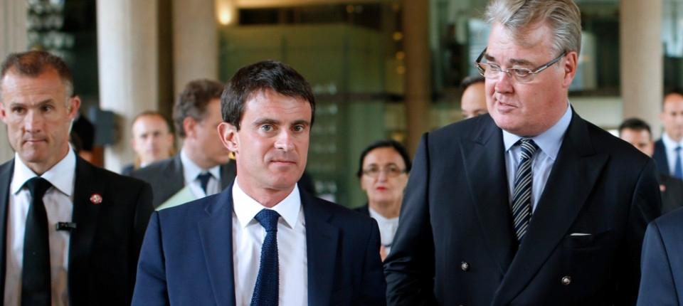 Manuel Valls et Jean-Paul Delevoye, président du CESE