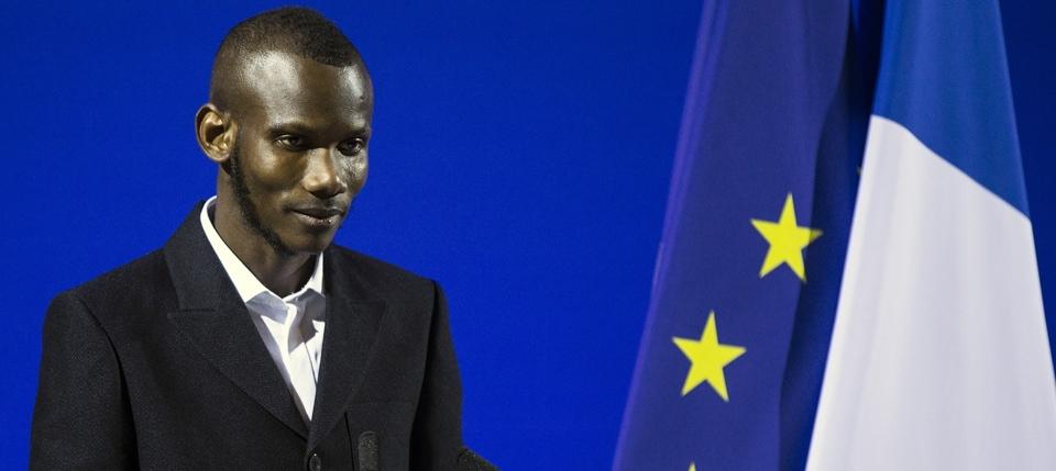 Lassana Bathily pendant sa cérémonie de naturalisation