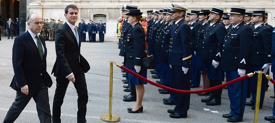 Manuel Valls et Bernard Cazeneuve à Marseille