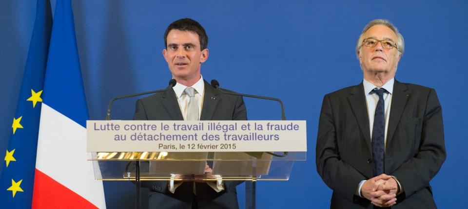 Photo de Manuel Valls et de François Rebsamen le 12 février 2015.