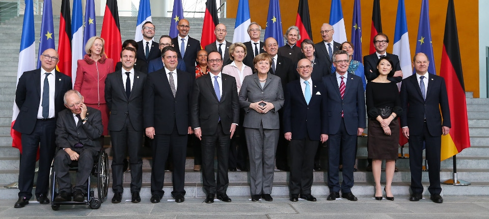 Photo des ministres français et allemands lors du Conseil des ministres franco-allemand