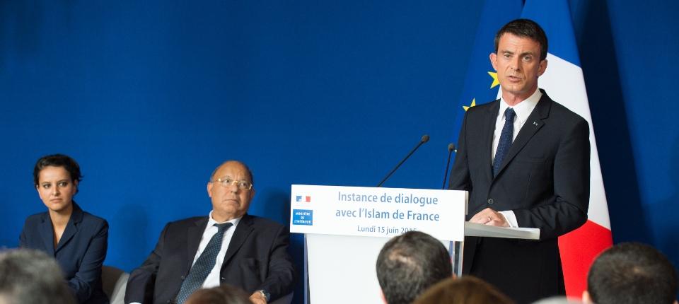 Manuel Valls installe la première instance de dialogue avec l'Islam de France