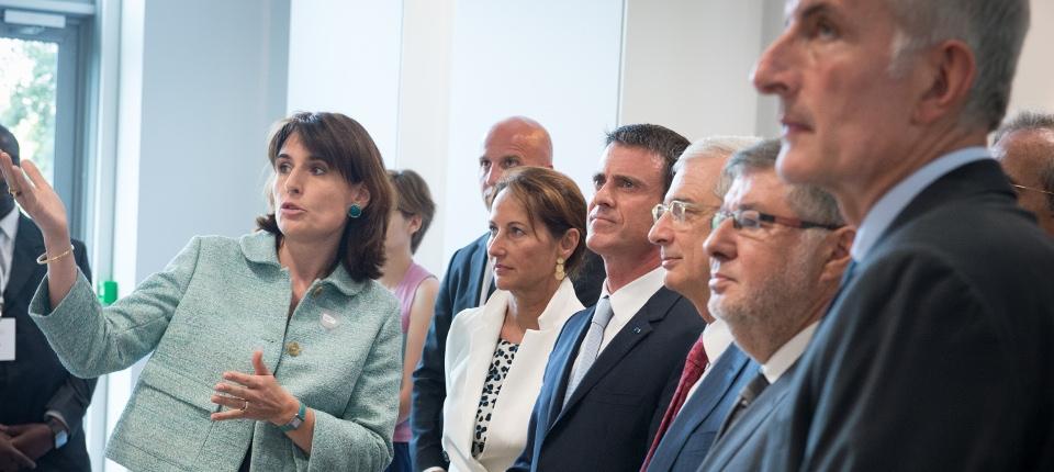Manuel Valls lors de la création du nouveau groupe SNCF