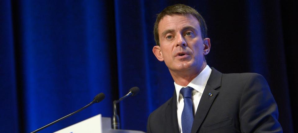 Manuel Valls présente la Stratégie nationale pour la sécurité du numérique à la Maison de la Chimie
